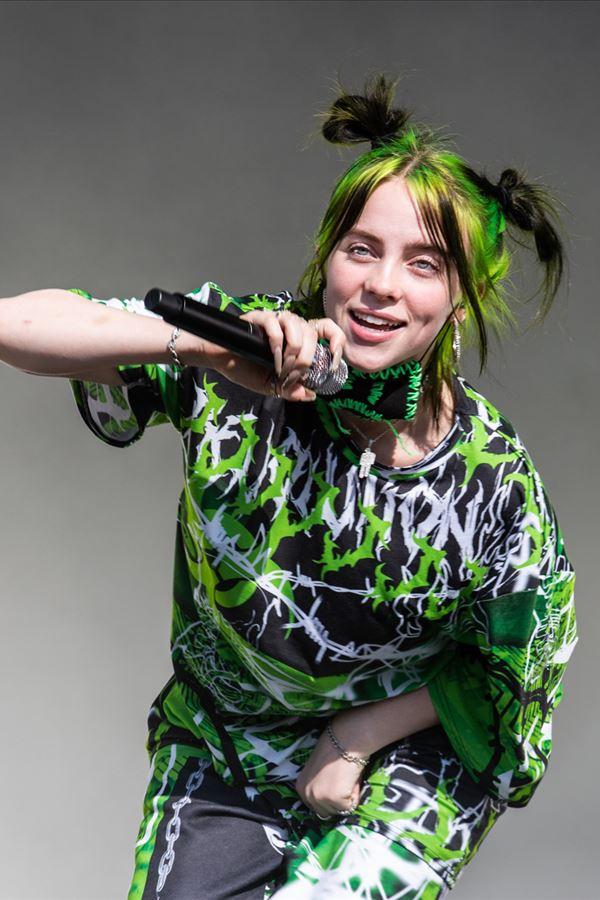 Billie in love?