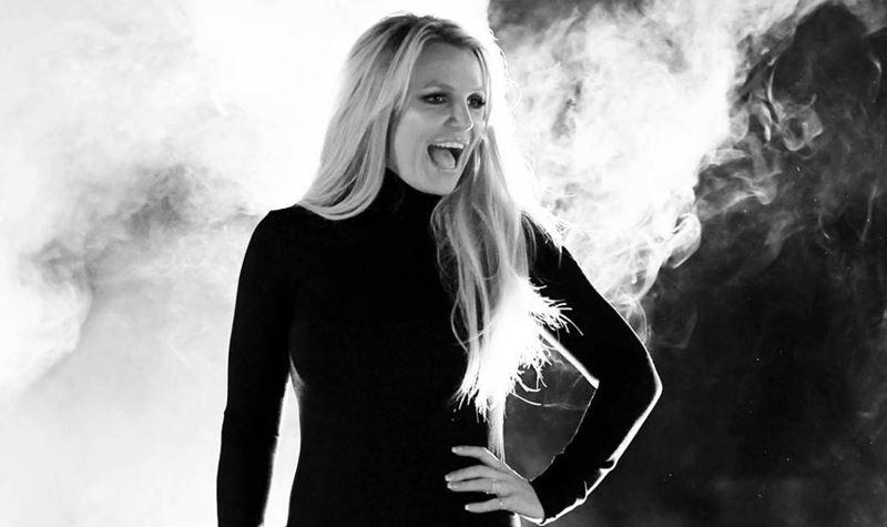 """Britney """"está mais feliz do que nunca"""""""