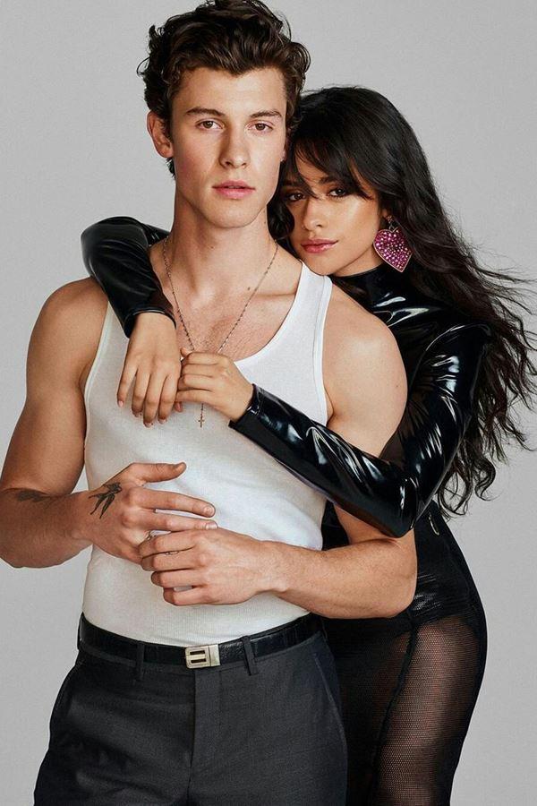 """Camila e Shawn têm um """"bebé""""!!"""