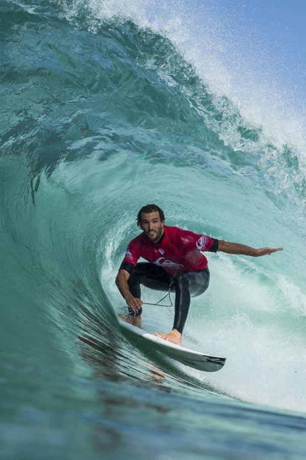 O melhor surf do mundo está de volta!