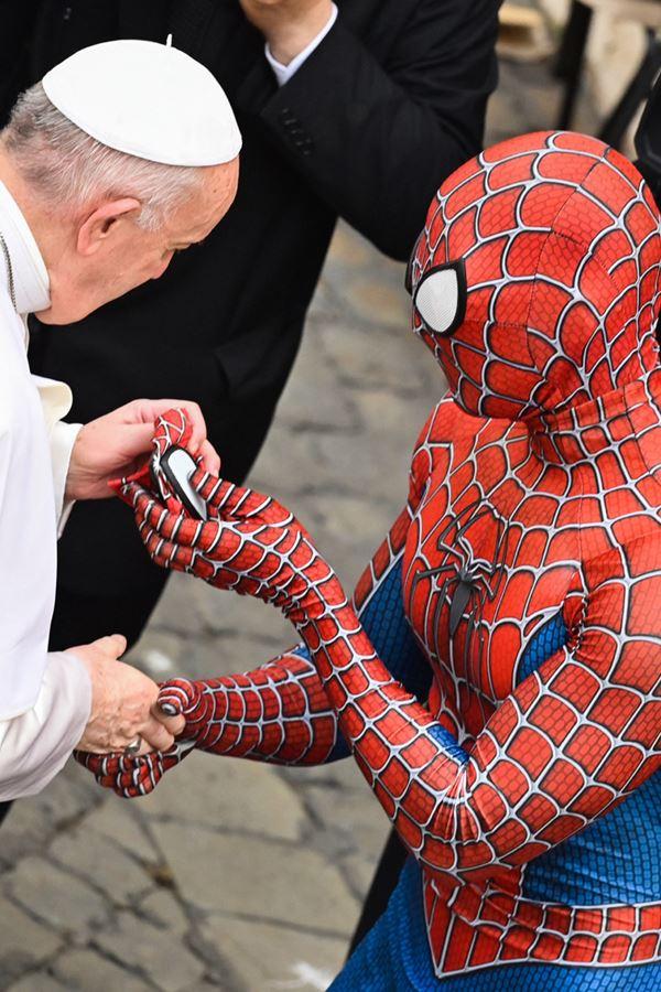Papa Francisco conheceu o Homem-Aranha
