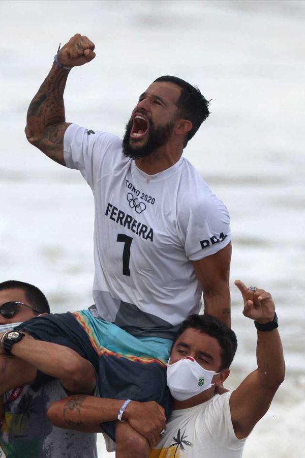 Ítalo Ferreira é o primeiro da história!