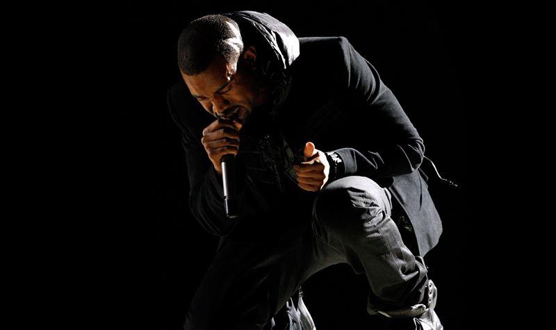 Guess what?! O novo álbum de Kanye West ainda não saiu!