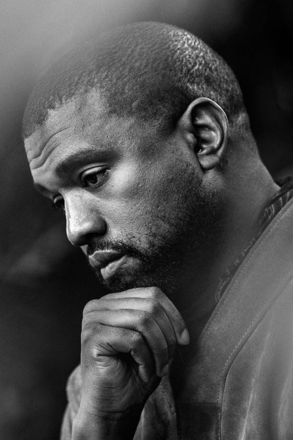 Cadê o novo álbum de Kanye West?!