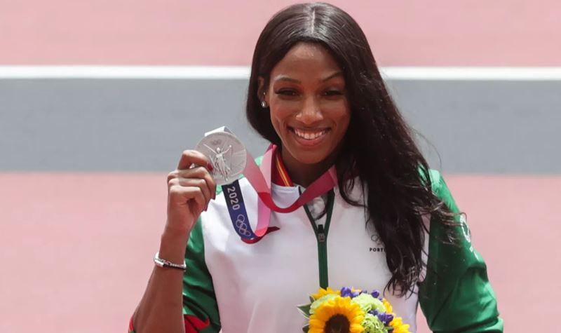 Tóquio2020: Patrícia Mamona já tem a (merecida) medalha!