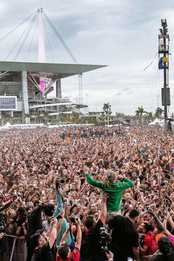 Festivais em tempos de pandemia: Rolling Loud aconteceu em Miami