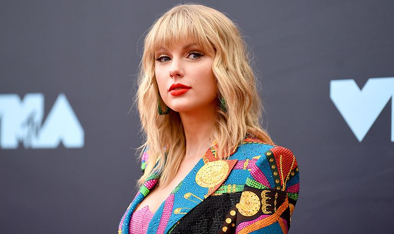 Taylor Swift patrocina estudante portuguesa