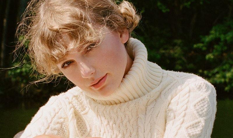 Taylor Swift não arreda pé do pódio!